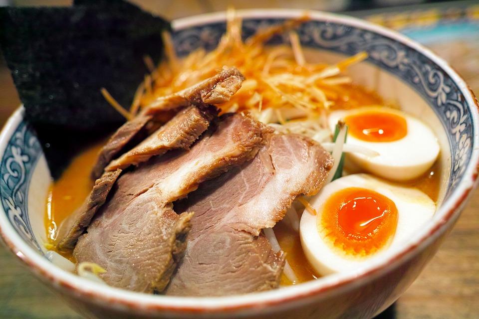 Recette japonaise de ramen à base de porc